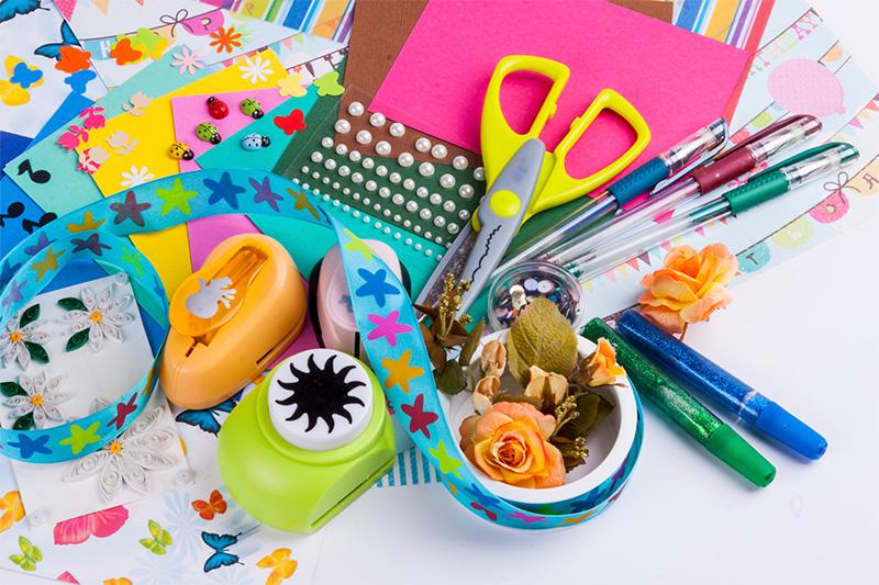 Scrapbooking - niezbędne materiały i narzędzia